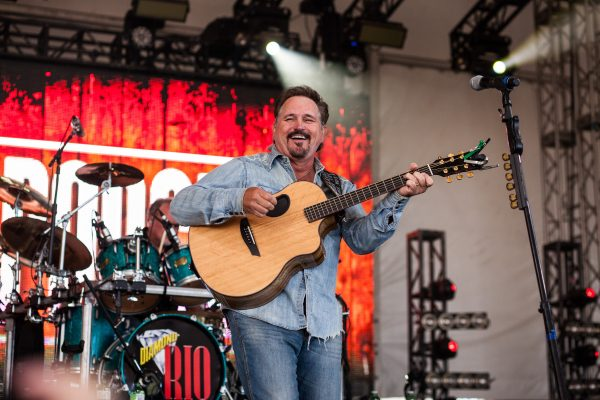 boots-and-hearts-2016-diamond-rio