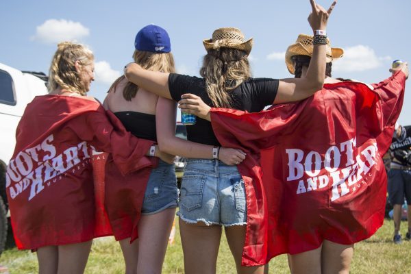 boots-and-hearts-2017-camping-girls-group