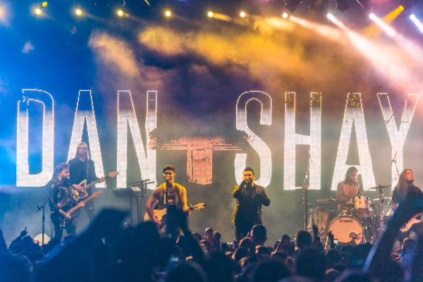 boots-and-hearts-2017-dan-and-shay