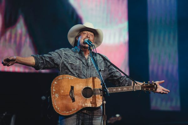 boots-and-hearts-2018-alan-jackson-2