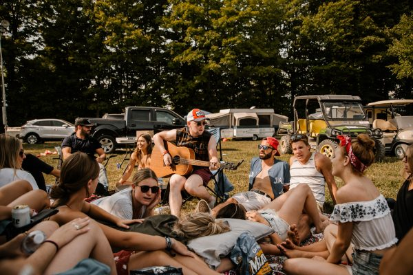 boots-and-hearts-2018-camping-group