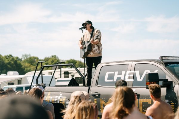 boots-and-hearts-2019-hardy-chevy-pop-up